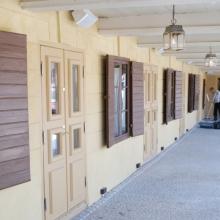 Pylväikön ulko-ovet